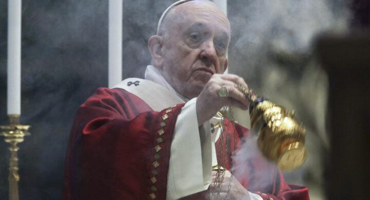 Tre considerazioni sulla messa in latino (e i suoi oppositori). Scrive Ciccarelli