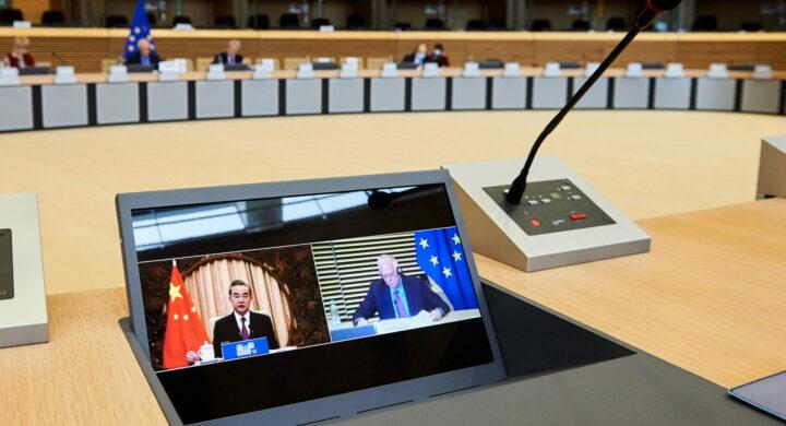 L'Ue ripensa alla sua strategia sulla Cina? Di nuovo? Le parole di Borrell