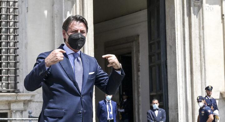 Vi spiego perché Conte non farà cadere Draghi. La bussola di Ocone