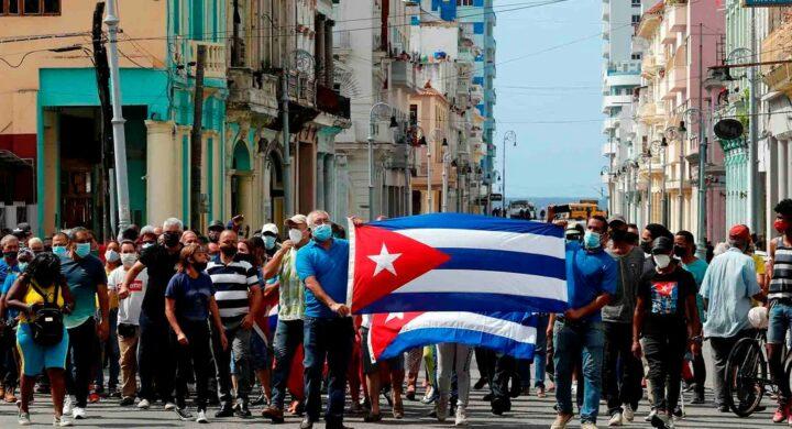 Proteste a Cuba, senza i Castro traballa il regime castrista?