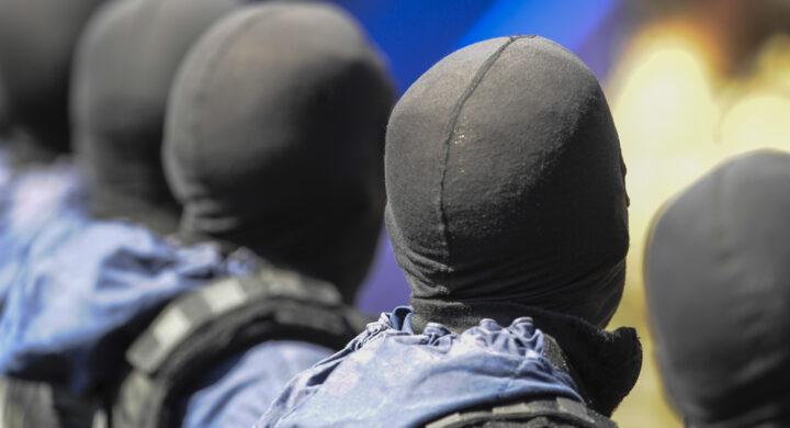 """Ai Talebani abbiamo lasciato un'armata chiavi in mano. Parla il parà italiano """"Geco"""""""