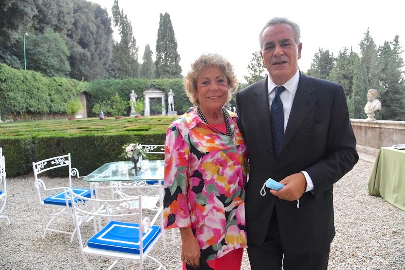 Laura Pellegrini, Antonio Romano