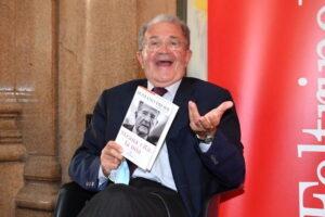 Letta racconta la strana vita di Romano Prodi. Foto di Pizzi