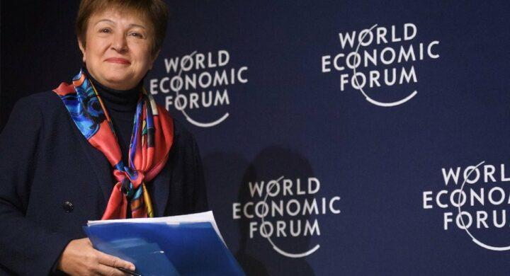 La direttrice del Fmi Georgieva scivola sulla classifica pro-Cina