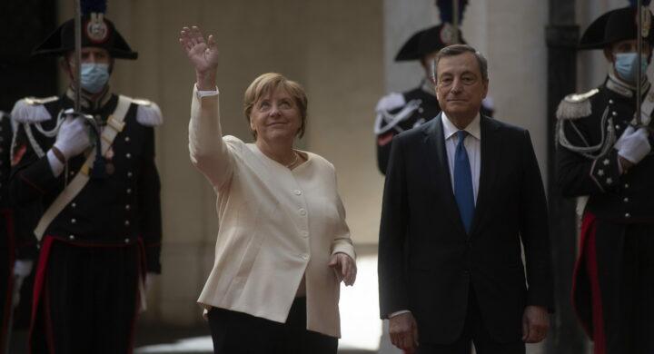 Il congedo di Draghi a Merkel tra Difesa comune e buen retiro italiano